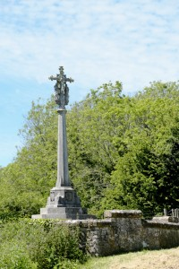 The memorial statue in LYMPNE